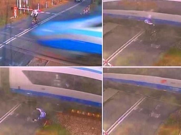 بالفيديو غرامة على راكب دراجة لاصطدامه بقطار سرعته 140 كلم