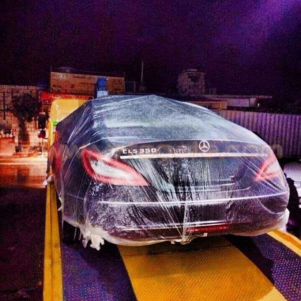 صور رجل أعمال سعودي يهدي سيارتين لمتسابق لبناني في برنامج ذا فويس