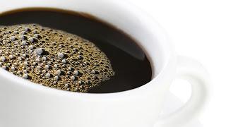 شرب القهوة بانتظام له فوائد , انخفاض مخاطر الوفاة بأمراض القلب