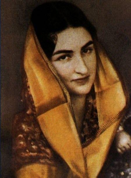 صور وقصة الأميرة خديجة ابنة آخر الخلفاء العثمانيين وزوجة أغنى رجل بالعالم