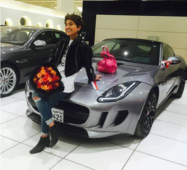 صور سيارة الفنانة الكويتية شجون الهاجري الجديدة مازيراتي