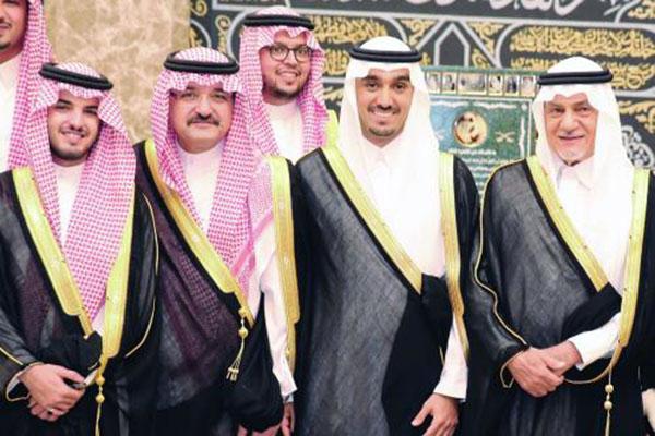 صور حفل الأمير عبدالعزيز , بالصور أمير مكة يشارك نجل تركي الفيصل الاحتفال بزفافه