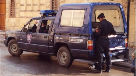 مزقت جسد زوجها بمنشأة ناصر بعد ان ضبط عشيقها في البلكونة