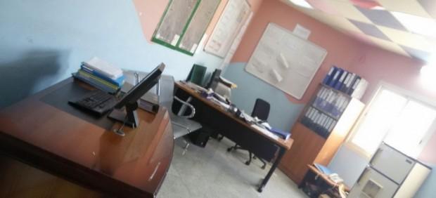 مواطن سعودي يوثق بالصور غياب الموظفين في مركز الرعاية الأولية بصناعية خميس مشيط