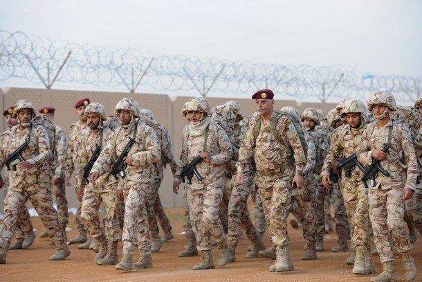 شاهد صور قوات الأمن الخاصة تنفذ مشروع السير الطويل بقيادة اللواء الركن مفلح العتيبي