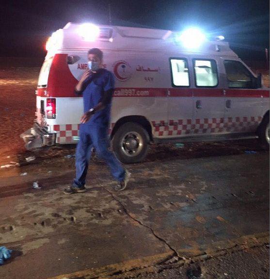 صور حادث باص على طريق الدمام الرياض السريع اصابة 35 شخص