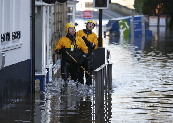 صور فيضانات شمال انجلترا , فيضانات تادكاستر , صور الشوارع التي غمرتها المياه