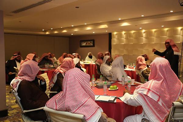 هيئة الأمر بالمعروف في الرياض تعلم تدرب 100 من منسوبيها على التعامل مع المرأة