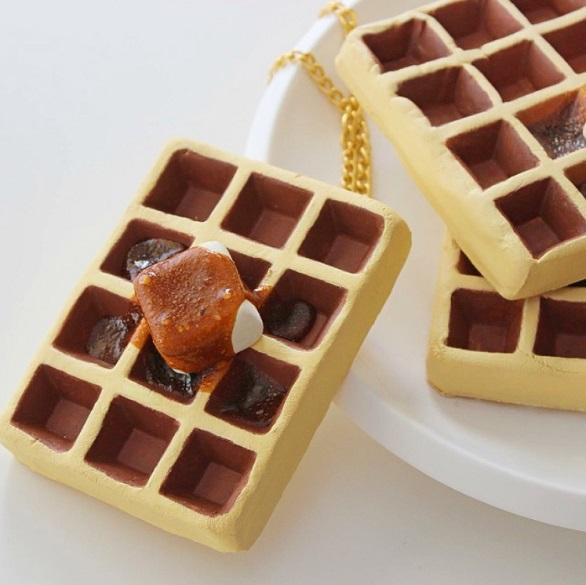صور اكسسوارات من الطعام والحلوى , بالصور حقائب تبدو أطعمة وحلويات واقعية