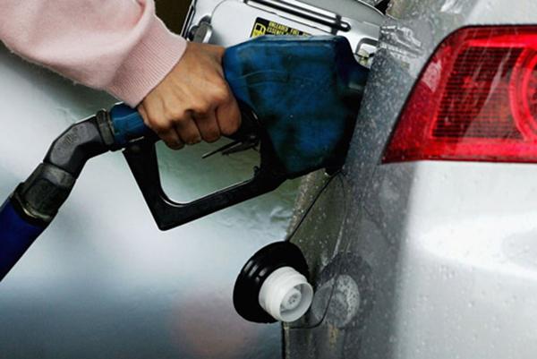 الإقبال على البنزين 91 على حساب 95 في السعوديه بعد رفع الاسعار