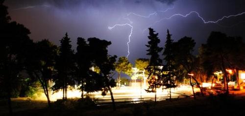 عند سماع الرعد ماذا يقال , دعاء الرعد , حقيقة الرعد