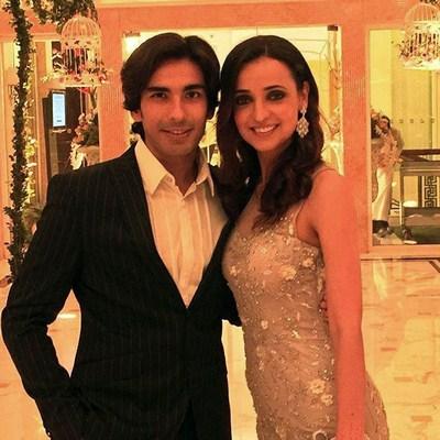صور سانيا إيراني مع زوجها موهيت سيغال في حفل زفاف
