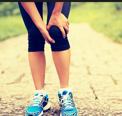 آلام الركبة والمفاصل , وصفة الليمون السحرية للقضاء على آلام القدمين