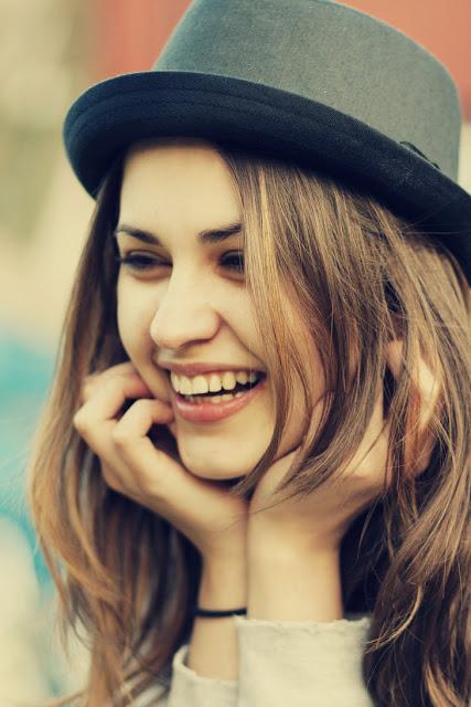رمزيات بنات بتضحك , صور بنات تضحك , صور بنات رايقة