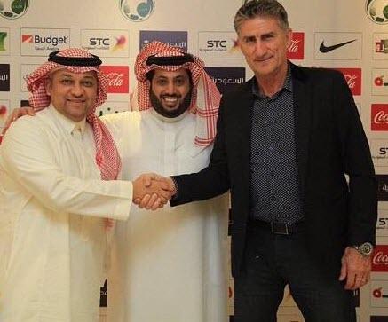 بشكل رسمي باوزا مدرب اللمنتخب السعودي في مونديال روسيا 2018