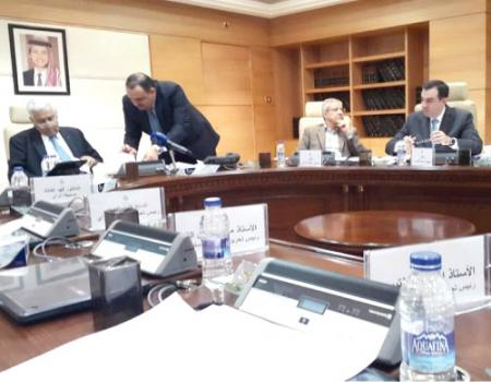 رئيس الوزراء الدكتور عبدالله النسور الاقتصاد الوطني يسير بالاتجاه الصحيح