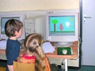 الإكثار من ممارسة ألعاب الكمبيوتر يصيب الأطفال بالوحدة والإعياء