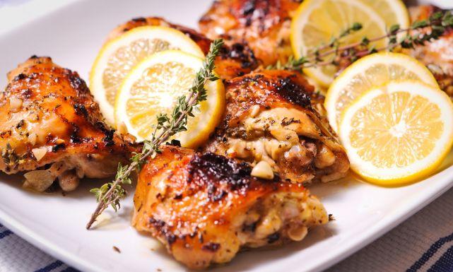 طريقة عمل الدجاج المشوي باليمون - وصفة تحضير الدجاج المشوي بالليمون