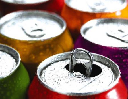 تحذير الشباب من خطورة استهلاك مشروبات الطاقة