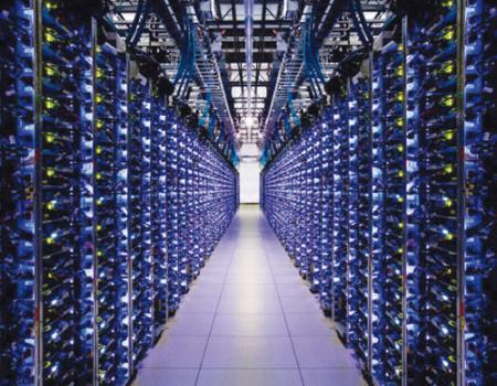 أين يتم تخزين بيانات أكثر من ثلث سكان الأرض
