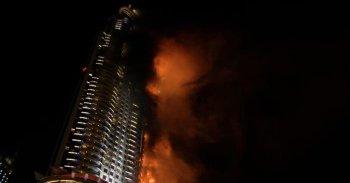 شاهد فيديو حريق دبي أمام برج خليفة الشهير 31-12-2015