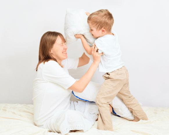 كيفية التصرف عندما يضربك ابنك - الدلع الزائد و ضرب الابناء للاباء
