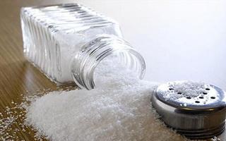 الاهمية الطبية والصحية للملح ، اهم فوائد الملح