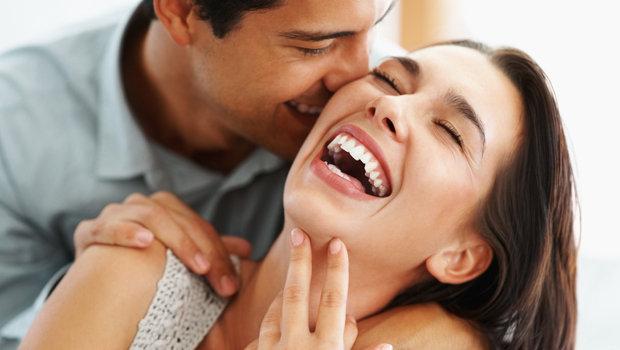 احترموا بعضكم و احتوا بعض تجعلون حياتكم الزوجية سعيدة