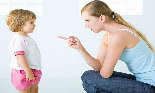 كلمات لا تقال للطفل- جمل يجب الابتعاد عنها في تربية الطفل