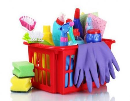 تحذير من استخدام المنظفات المنزلية