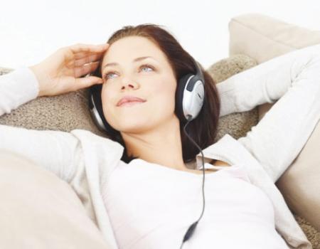 الاستماع إلى الموسيقى يساعد قبل العملية الجراحية