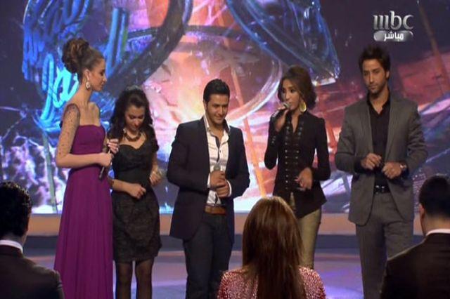 الاردني يوسف عرفات يغادر Arab Idol ودنيا وكارمن تودعانه بالدموع
