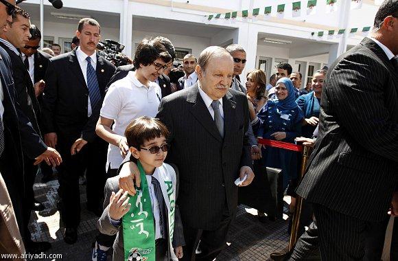 أخبار الجزائر يوم السبت 12-5-2012 , إقبال محدود من الجزائريين على التصويت في الانتخابات البرلمانية