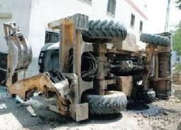 وفاة شاب بانقلاب جرافة في السلط اليوم الاربعاء 26-3-2014 ووافد بسقوط جدار عليه بالكرك