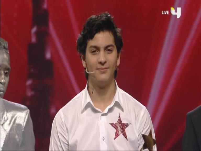 تأهل عمار ندير و فرقة Cherifian Troupe الي النهائيات برنامج أرب قوت تالنت السبت 2-11-2013