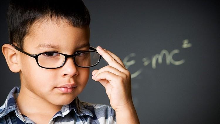 ما هو العمر المثالي لإنجاب أطفال أذكياء , عمر الزوجة المناسب لانجاب الاطفال الاذكياء