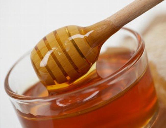 تفسير رؤيا اكل العسل لابن سيرين , تفسير حلم اكل العسل فى المنام للنابلسى