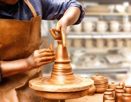 معلومات عن قرية تونس المصرية التى تشتهر بالمصنوعات اليدوية صناعة الخزف والفخار