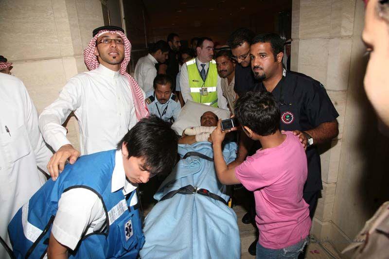 بالصور استقبال المختطفين السعوديين ببيروت بالدموع والورود