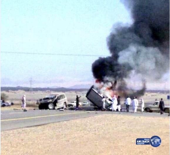 صور حادث مأساوي لمعلمات على طريق أملج العيص الاربعاء 27-2-1437