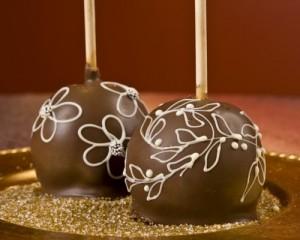 طريقة تفاح بالشوكولاتة 2016- وصفة لعمل التفاح بالشيكولاتة الشهي- مقادير التفاح بالشيكولاتة 2017