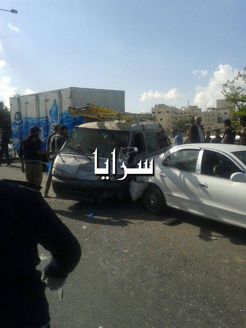 صور حوادث سير الأردن اليوم 2014 , حادث سير في ياجوز 6 سيارات يحدث 15 اصابة اليوم 2014