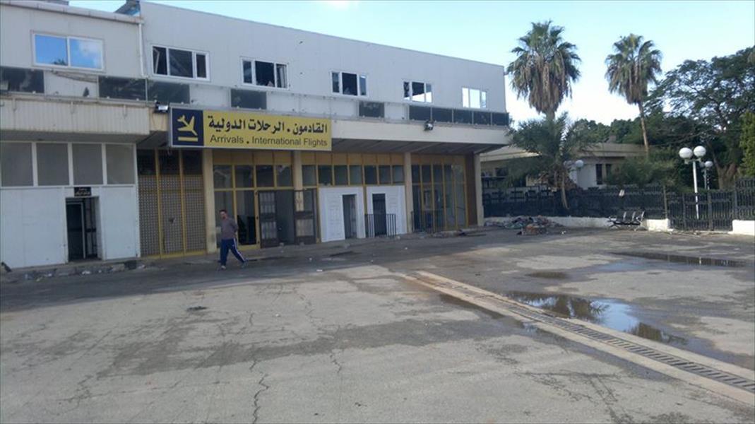 مطار بنينا يعرض سلامة مبانيه بالصور رغم القصف والاشتباكات في بنغازي
