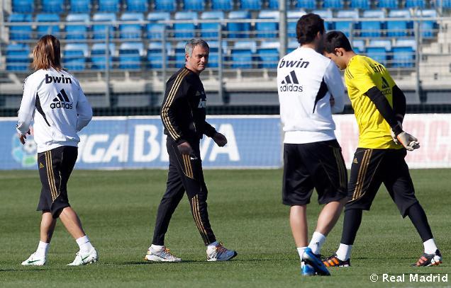 صور ريال مدريد يعود الى التدريبات اليوم 29/3/2012 استعداداً لاوساسونا