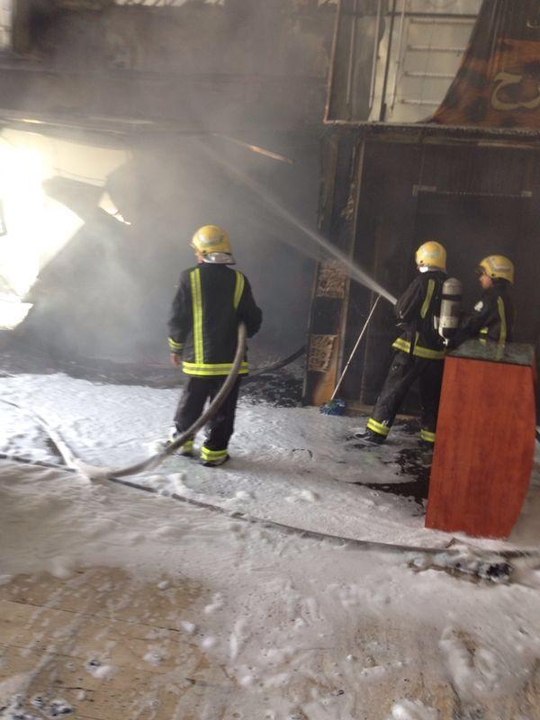 صور وتفاصيل حريق محلات أسواق طيبة بالرياض اليوم 1436