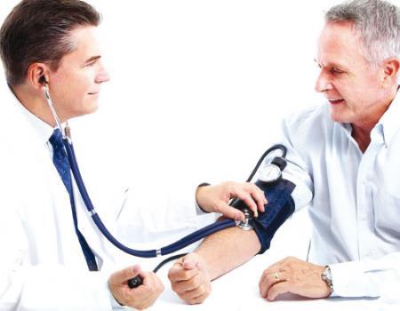 لا خوف على صيام مرضى الكوليسترول وضغط الدم