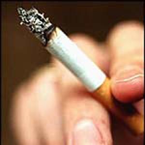 بالصور زوج يعذب زوجته بإطفاء 100 سيجارة بجسدها