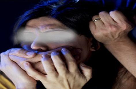 تفاصيل اغتصاب شاب لأخته المعاقة بالعنف والتهديد وحملها منه