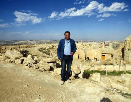 بوح القرى الأردنية وفضاءات السرد في عتبات مفلح العدوان
