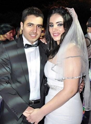 صور زفاف مروة نصر اشتريت الفستان الأبيض قبل حفلة الزفاف بساعات